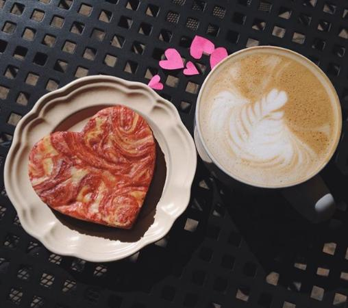 River Pointe Coffee House: Cheesecake brownies and lots of hearts! Happy Valentine's Day!