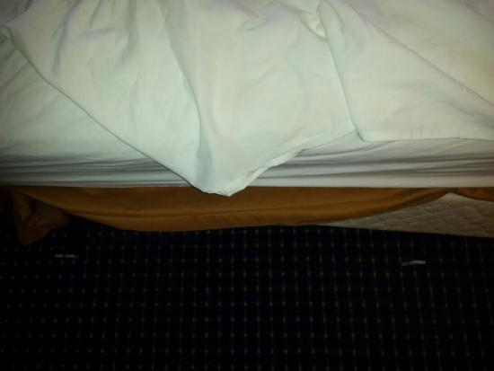 2 metal pieces of the bedframe sticking out picture of quality inn rh tripadvisor com