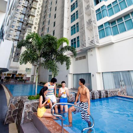 The A.Venue Hotel : Outdoor Swimming Pool