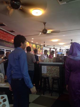 Sambal Hijau: Nice place with lots of selection