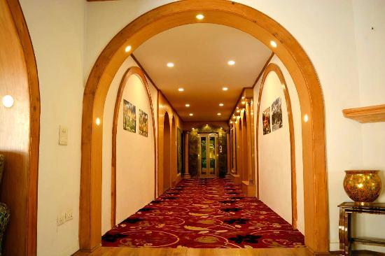 Kashmir Mahal Resorts Photo