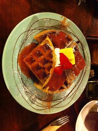 LA TERTULIA SAN CRIS: waffles!!