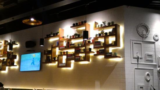 Cafe Mezzuna Wall Decor