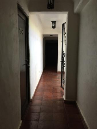 Bangera Inn: Third floor hallway.