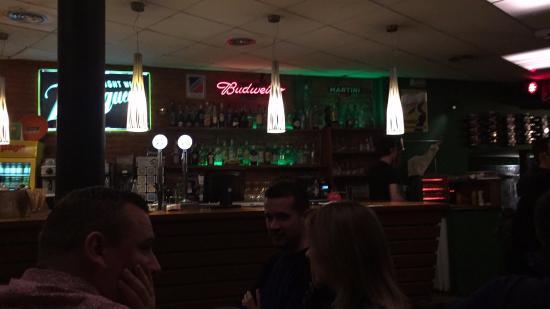 Gastropub Xalupada: Bar interior