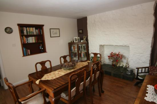 Craignair cottage updated 2017 b b reviews price for A w beattie dining room