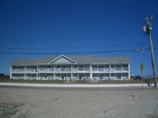 InnSeason Resorts Surfside: Hotel view from the beach.