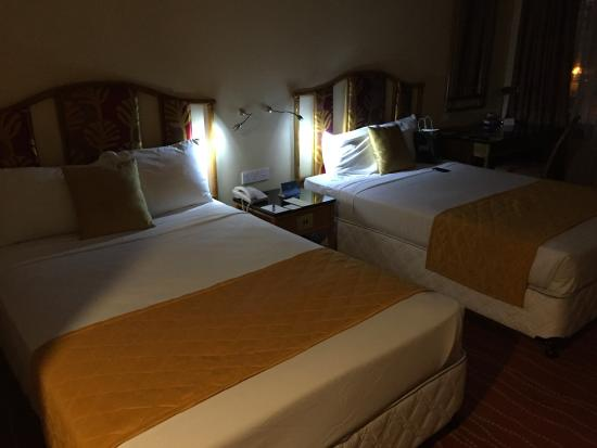 bed room picture of galadari hotel colombo tripadvisor rh tripadvisor com