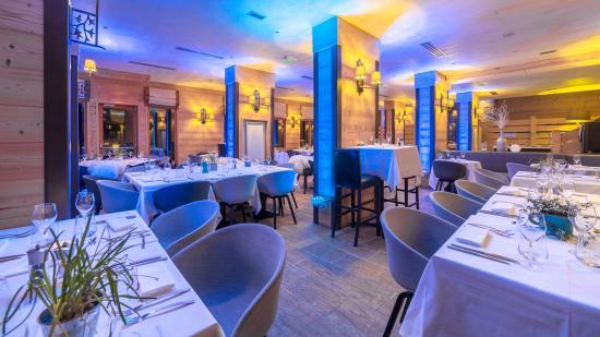 Hotel L'Arboisie: LA TABLE DE L'ARBOISIE -ECLAIRAGE DU SOIR