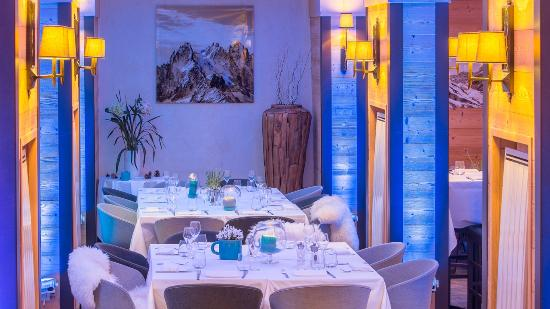 Hotel L'Arboisie: Table de L'Arboisie le soir
