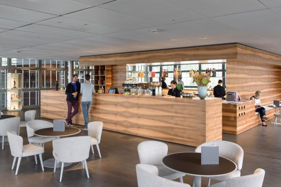 KKL Luzern - Lucerne Culture and Convention Centre : Finden Sie Genuss und Erholung im Café im Kunstmuseum Luzern