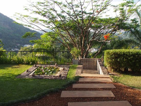 Baramba House Resmi