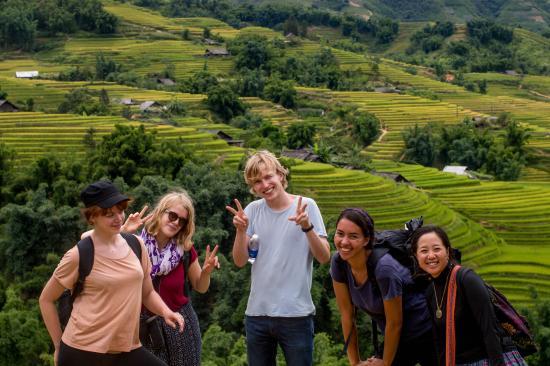 Mu Trekking Tours