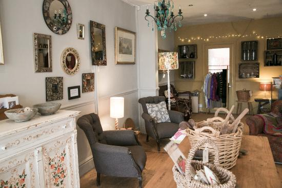 Sheffield Antiques Quarter Find Tons Of Exceptional Independent Local S With French Furnture And