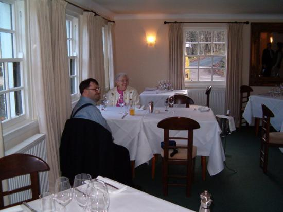 Ardeonaig, UK: My brother and grandmother who flew with me to the restaurant