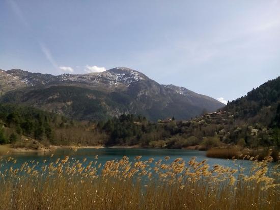 Akrata, اليونان: Λίμνη Τσιβλού πανοραμική