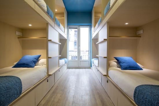 Mola Hostel
