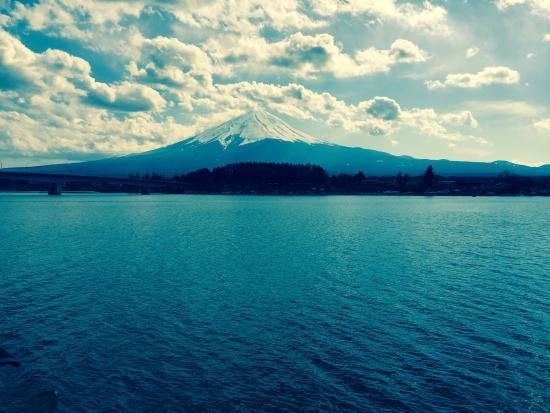Kawaguchi Lake Ishikoro kan