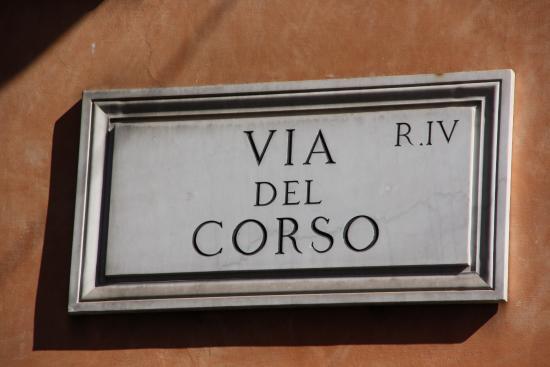 Roma via del corso foto di via del corso roma for Corso grafica roma