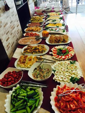 sunday brunch picture of divan restaurant nur sultan tripadvisor rh tripadvisor co za