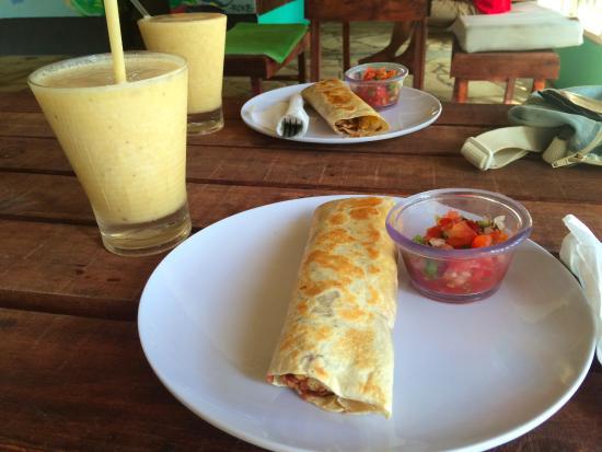 El Transito, Никарагуа: Breakfast burrito!