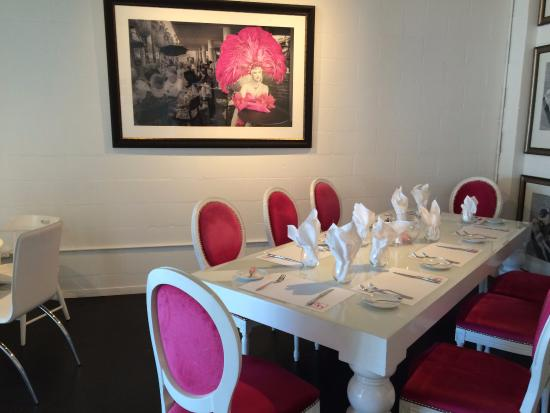 EIGHT4NINE Restaurant & Lounge: Another Small Over-flow/Private Dinning Room