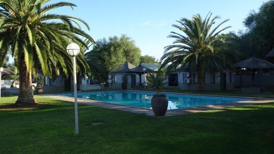 Kalahari Arms Hotel: Pool