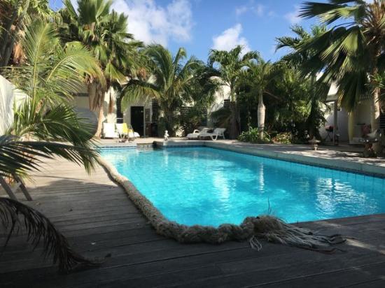Frangipani Apartments Curacao