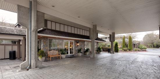 exterior picture of red lion hotel bellevue bellevue tripadvisor rh tripadvisor com