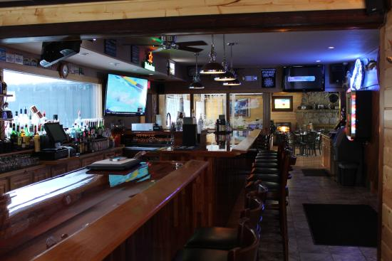 Manitowish Waters, WI: Looking into Dining Room from the Bar