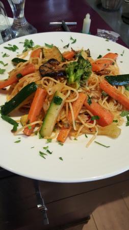 Bella Rosa : Spaguetti aux quatre légumes