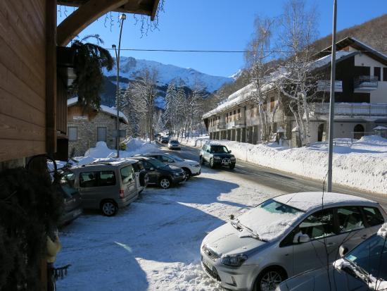 Hotel Edelweiss: parking