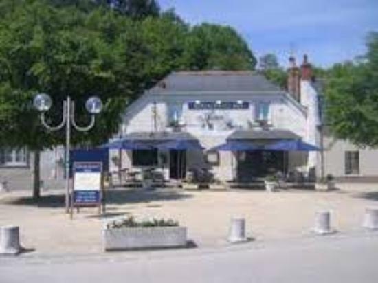 Saint-Etienne-de-Chigny, Francja: auberge de bresme