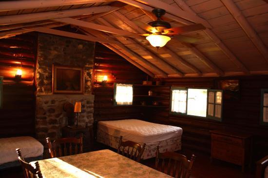 Rustic Log Cabins: Cabin #3 interior