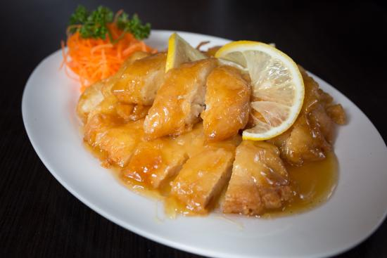 Lemon chicken picture of hong shing chinese restaurant toronto hong shing chinese restaurant lemon chicken forumfinder Images