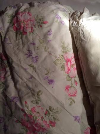 Bramley House Bed & Breakfast: 2nd Pillow