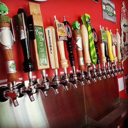 Jefferson, GA: The awesome beer wall!