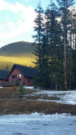 Banff Gate Mountain Resort: Our Cabin !