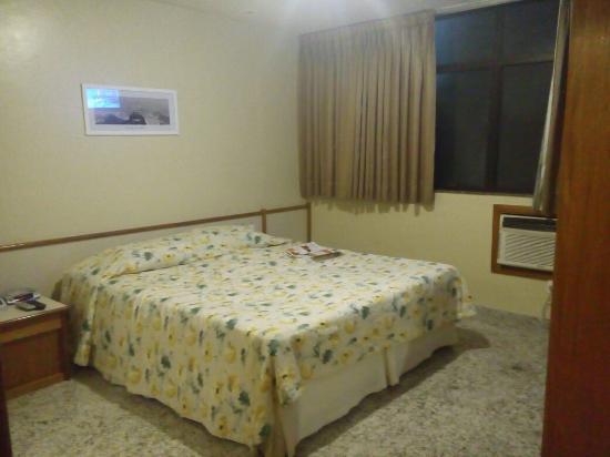 Mengo Palace Hotel: 20160307_205817_large.jpg