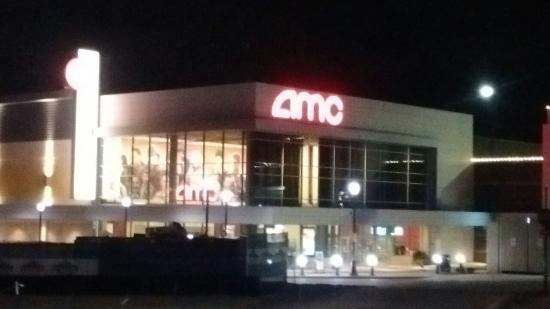 Amc Streets of St. Charles 8