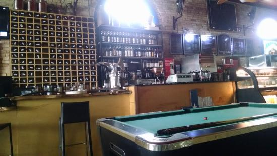 Belton, TX: Lots of tea and coffee options plus beautiful tea pots and tea services for sale