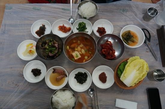 Where to Eat in Yeosu: The Best Restaurants and Bars