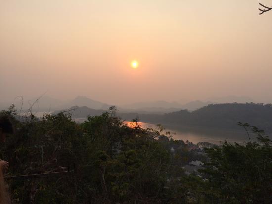Mount Phousi : サンセット