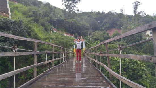 Cariamanga, Equador: Via al lucero
