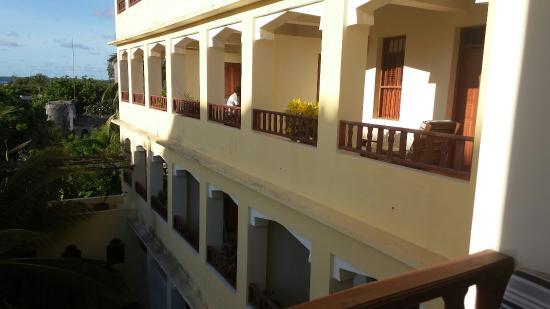 Msafini Hotel: 20160302_172243_large.jpg