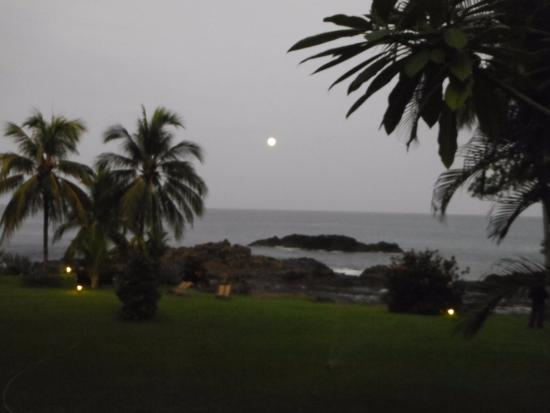 Hotel Amor de Mar: watching the moon rise from our patio