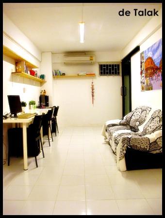 De Talak Hostel: Computer area