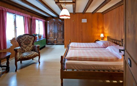 Swiss Chalet Lodge: Zimmer