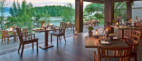 Dee Plee - Anantara Layan Phuket Resort