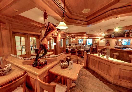 Pub Bar Windfang Hamburg Restaurant Reviews Photos Phone Number Tripadvisor